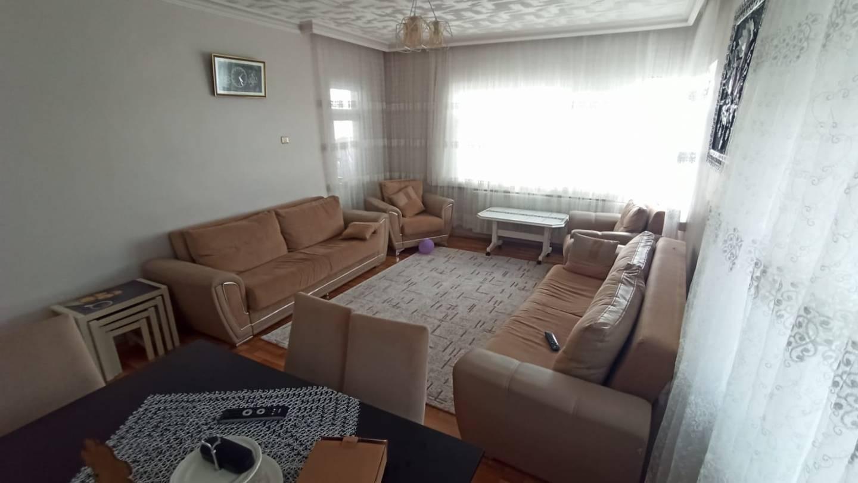 SR EMLAK'TAN AKŞEMSETTİN MAH'DE 3+1 115 m² KATTA BAĞIMSIZ YAPILI DAİRE