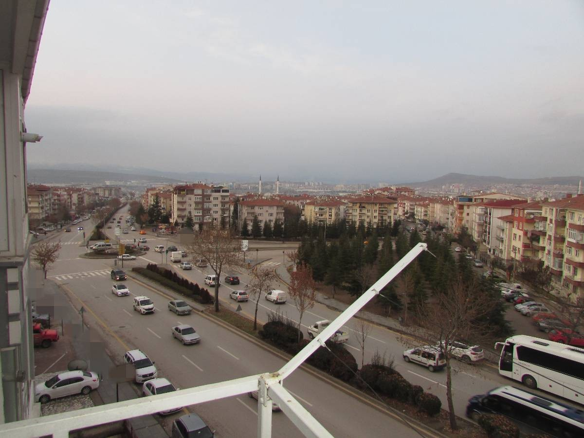 SR EMLAK'TAN PINARBAŞI MAH'DE  3+1 115 m² KATTA MANTOLAMALI DAİRE