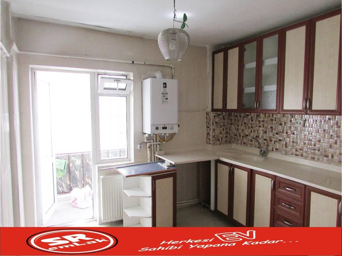 SR EMLAK'TAN PLEVNE MAH'DE 3+1 115 m² YAPILI MANTOLAMALI DAİRE