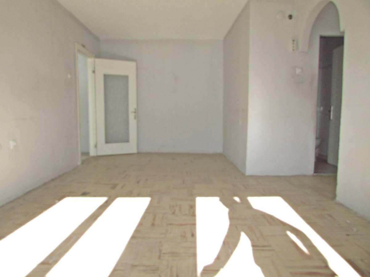 SR EMLAK'TAN TANDOĞAN MAHALLESİNDE 2+1 60 m² GİRİŞ KATTA DAİRE