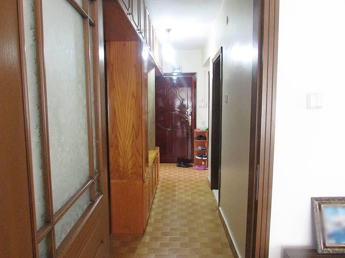 SR EMLAK'TAN İSTASYON MAH'DE 3+1 110 m² ARA KATTA  ULAŞIMA YAKIN DAİRE
