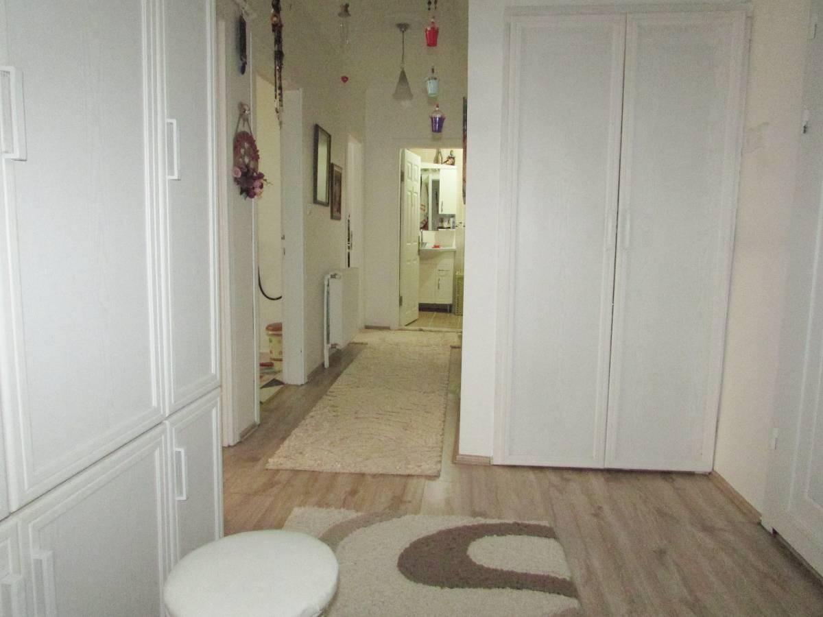 SR EMLAK'TAN İSTASYON MAH'DE 2+1 95 m² ARA KATTA BAĞIMSIZ YAPILI DAİRE