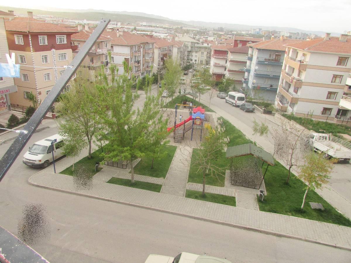 SR EMLAK'TAN TANDOĞAN MAHALLESİN'DE 4+1 200 m² YAPILI DAİRE