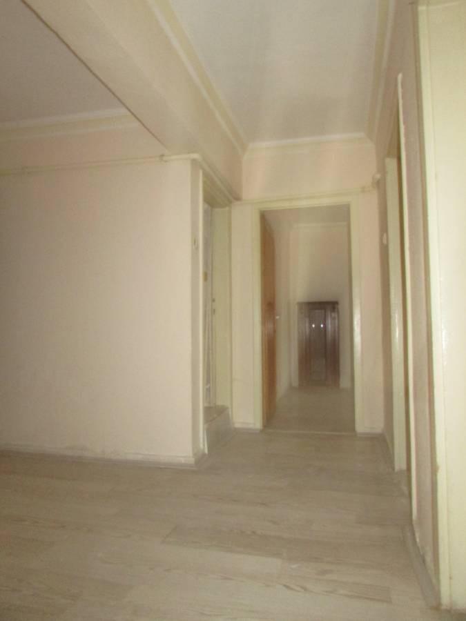 SR EMLAK'TAN TANDOĞAN MAH'DE 3+1 100 m² ULAŞIMA YAKIN MANTOLAMALI DAİRE