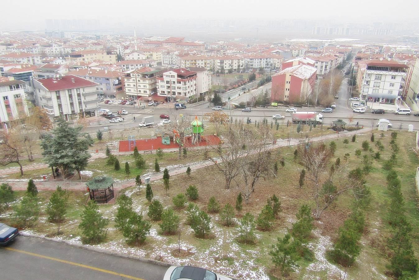 SR EMLAK'TAN SÜVARİ MAH'DE 5+2  250m² TRENE YAKIN YAPILI TERAS DAİRE