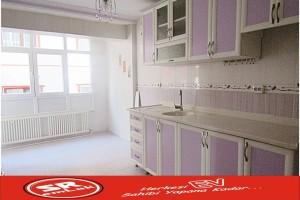 SR EMLAK'TAN 30 AĞUSTOS MAH'DE 2+1 90 m² ARA KATTA BAĞIMSIZ ULAŞIMA YAKIN DAİRE