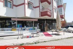 SR EMLAK'TAN AKŞEMSETTİN MAHALLESİN'DE 105 m² KÖŞE BAŞIDÜKKAN