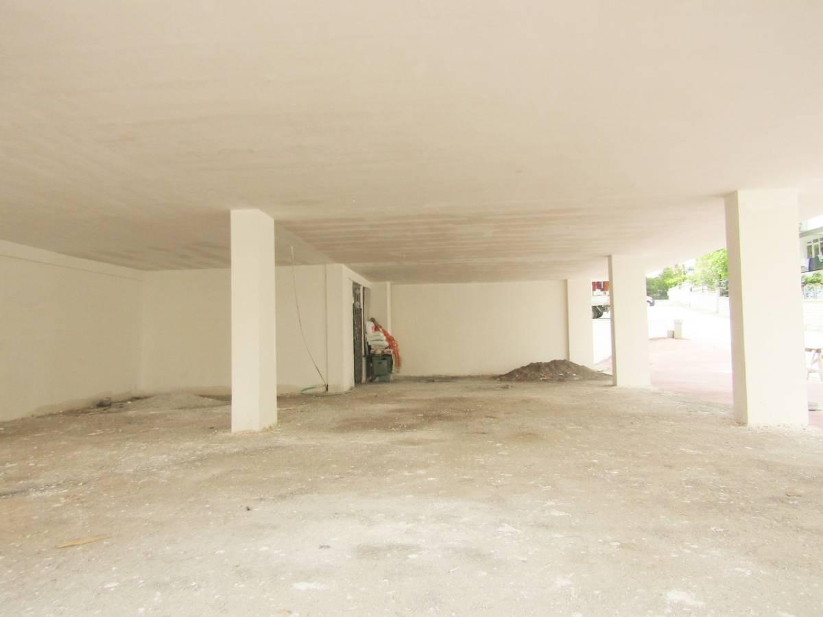 SR EMLAK'TAN ELVAN MAH'DE 1.000 m² SIFIR DÜKKANLAR