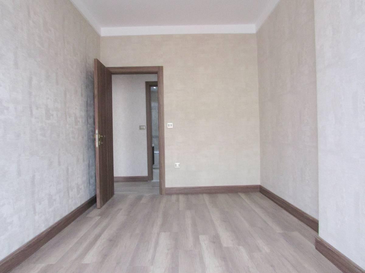 SR EMLAK'TAN MENDERES MAH'DE 3+1 120 m² ARA KATTA ÖN CEPHE BAĞIMSIZ SIFIR DAİRE