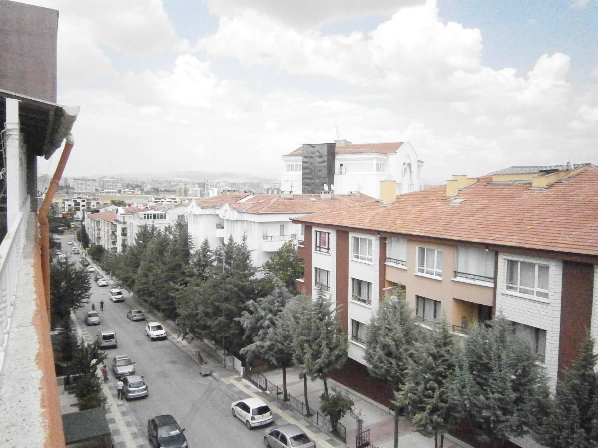 SR EMLAK'TAN PİYADE MAH'DE 5+1 190m² ULAŞIMA YAKIN TERAS