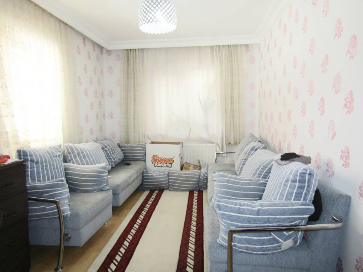 SR EMLAK'TAN ALSANCAK MAH'DE 2+1 90 m² ULAŞIMA YAKIN DAİRE