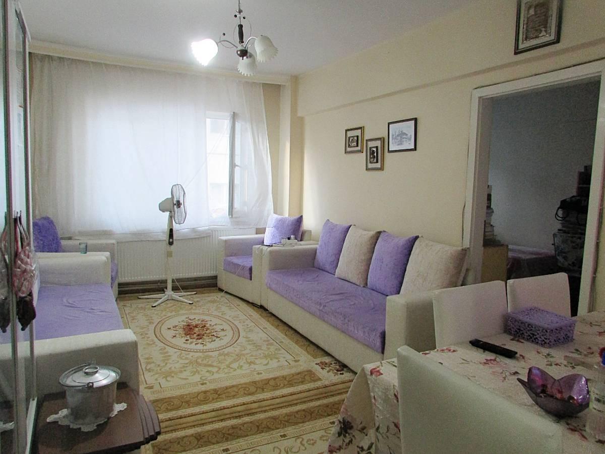 SR EMLAK'TAN İSTASYON MAH'DE 3+1 105 m² KATTA MANTOLAMALI ULAŞIMA YAKIN DAİRE