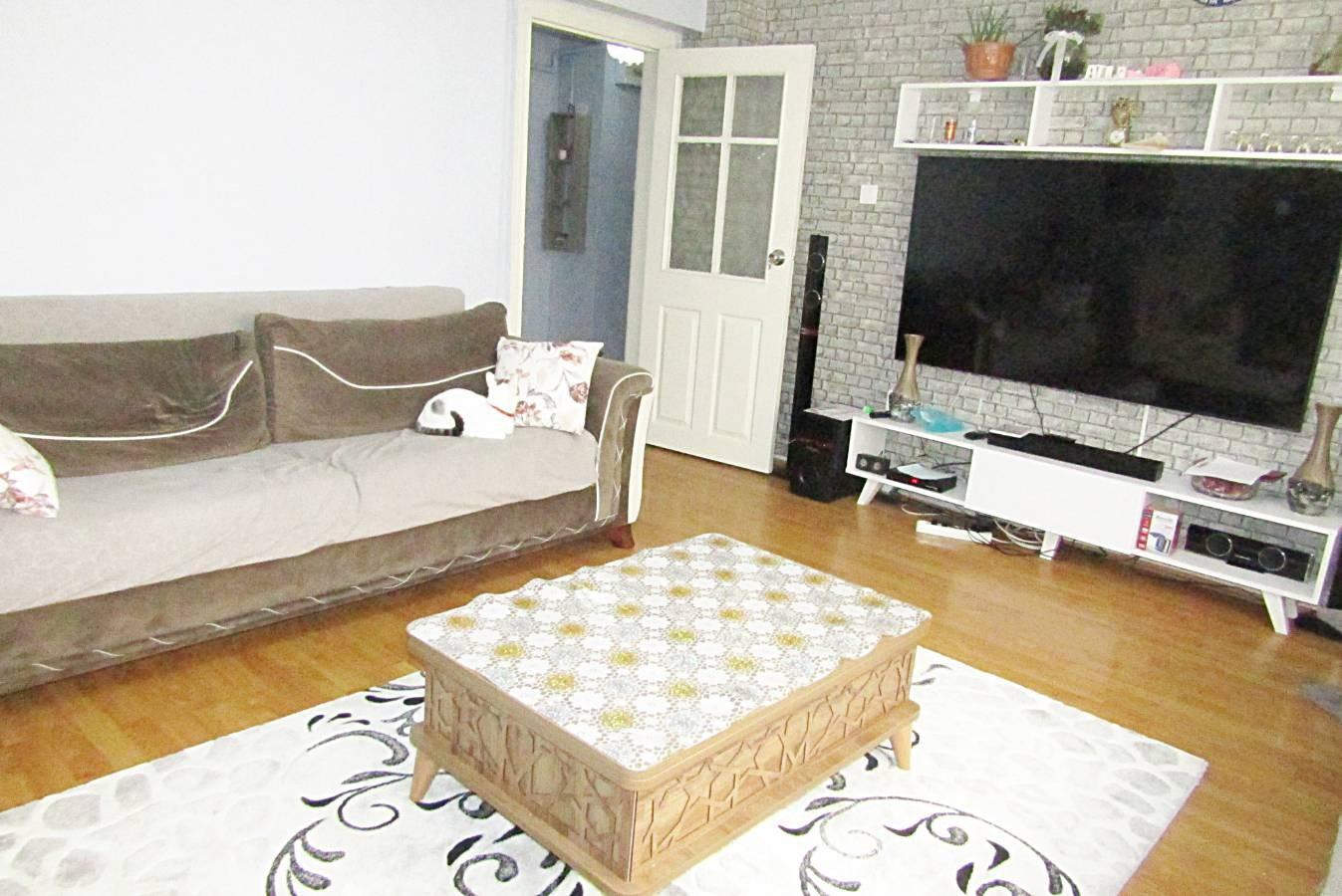 SR EMLAK'TAN ELVAN  MAH 'DE 3+1 110 m² CADDEYE YAKIN  BAĞIMSIZ YAPILI  DAİRE