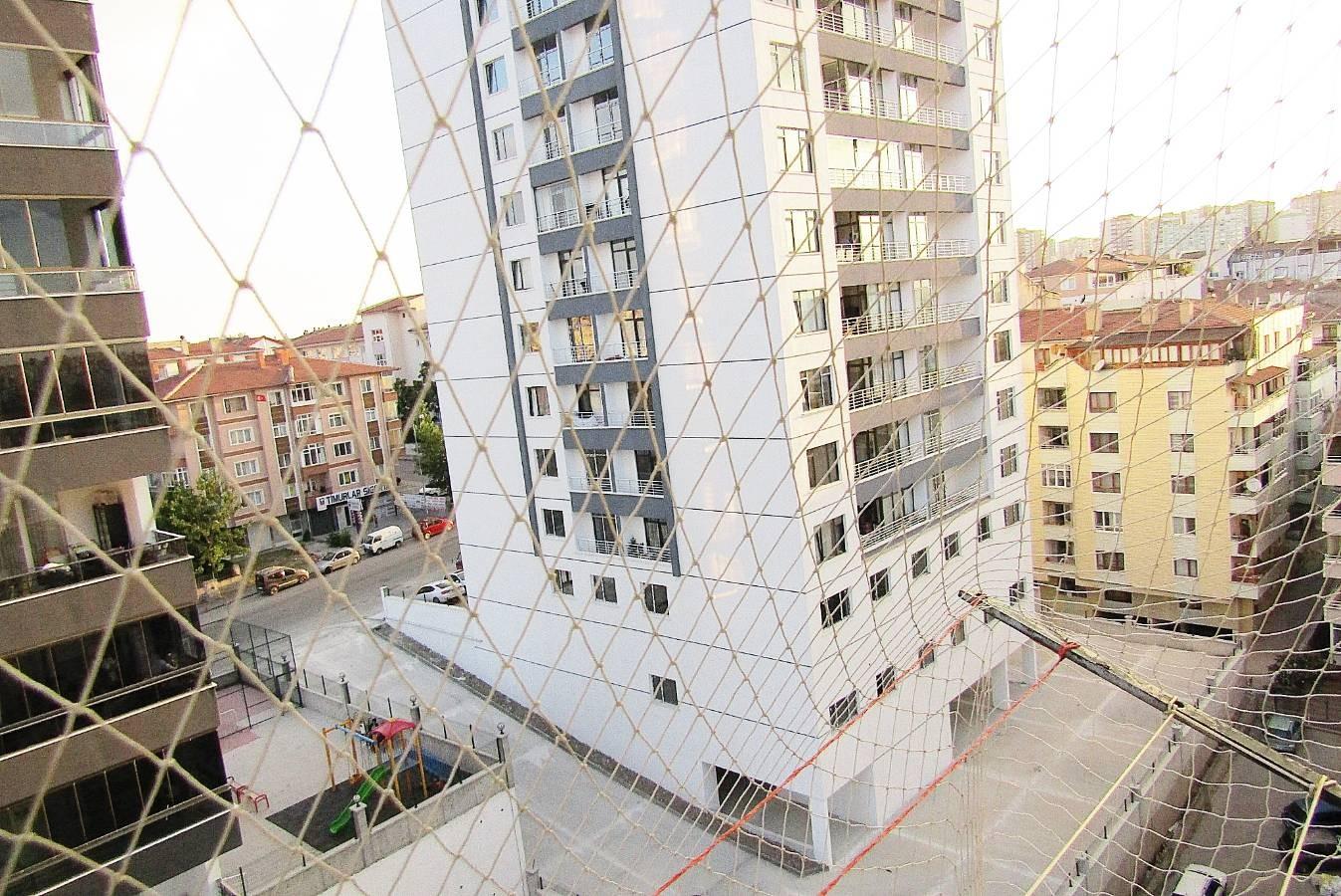 SR EMLAK'TAN TOPÇU MAH'DE 3+1 110m² SİTE İÇİNDE MANZARALI ASANSÖRLÜ DAİRE