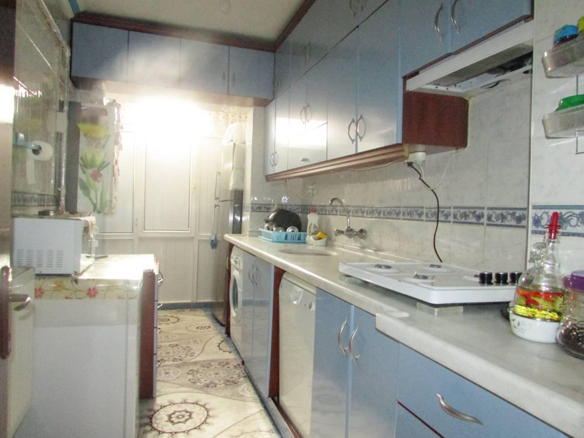 SR EMLAK'TAN İSTASYON MAH'DE 2+1 85 m²  KATTA ULAŞIMA YAKIN YAPILI DAİRE