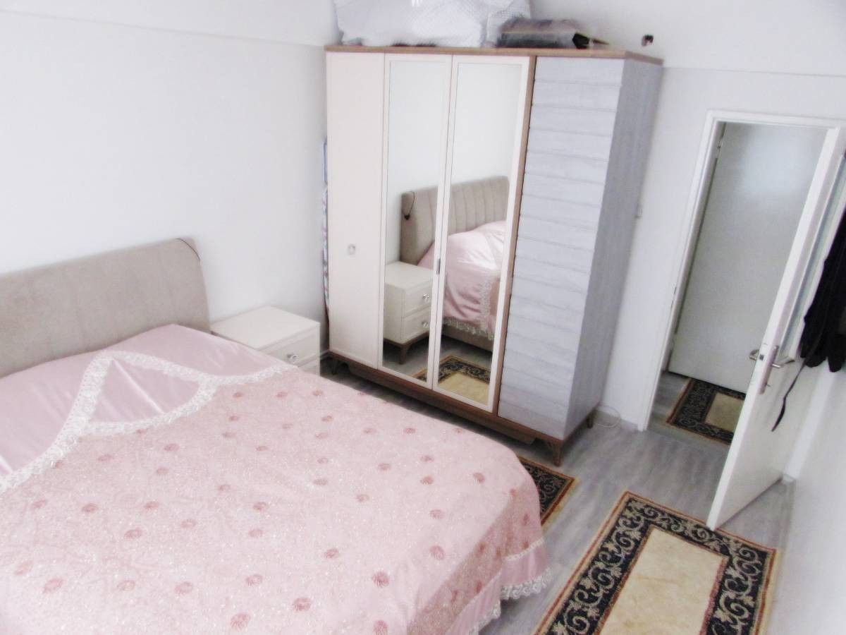 SR EMLAK'TAN OSMANLI MAH'DE 3+1 115 m² ARA KATTA BAĞIMSIZ  ÖN CEPHE DAİRE