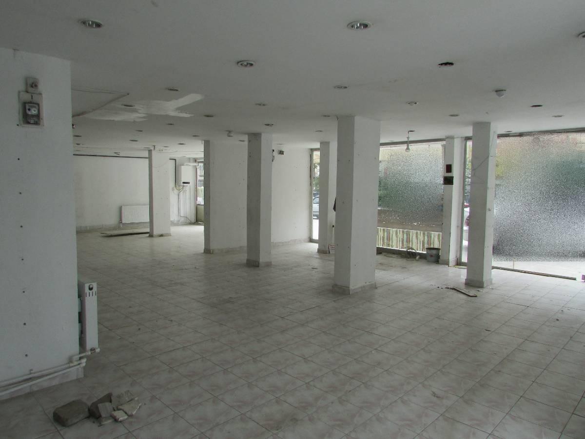 SR EMLAK'TAN İSTASYON MAH'DE 180 m² CADDE ÜSTÜ KÖŞE BAŞI SATILIK DÜKKAN