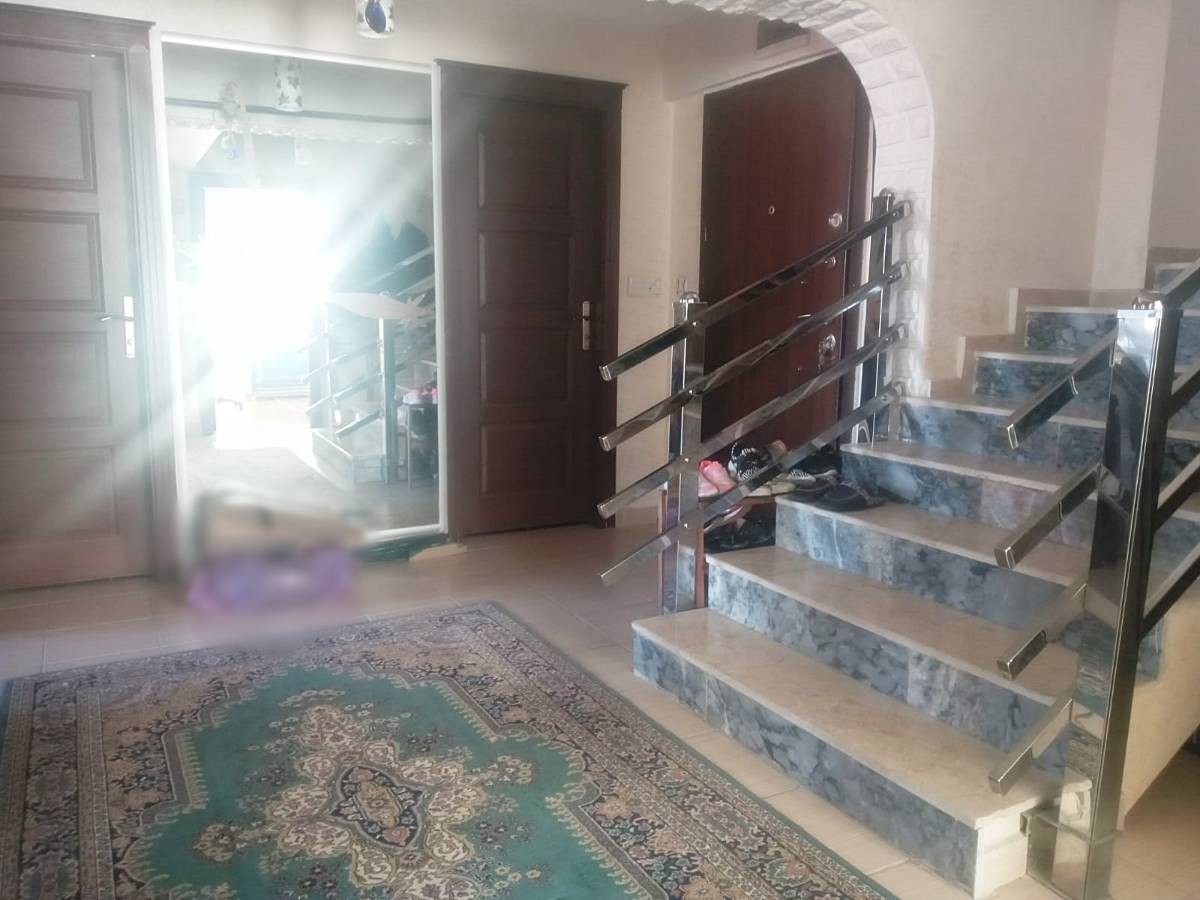 SR EMLAK'TAN ALSANCAK MAHALLESİ'NDE 3+1 180 m²  MANZARALI TERAS DAİRE