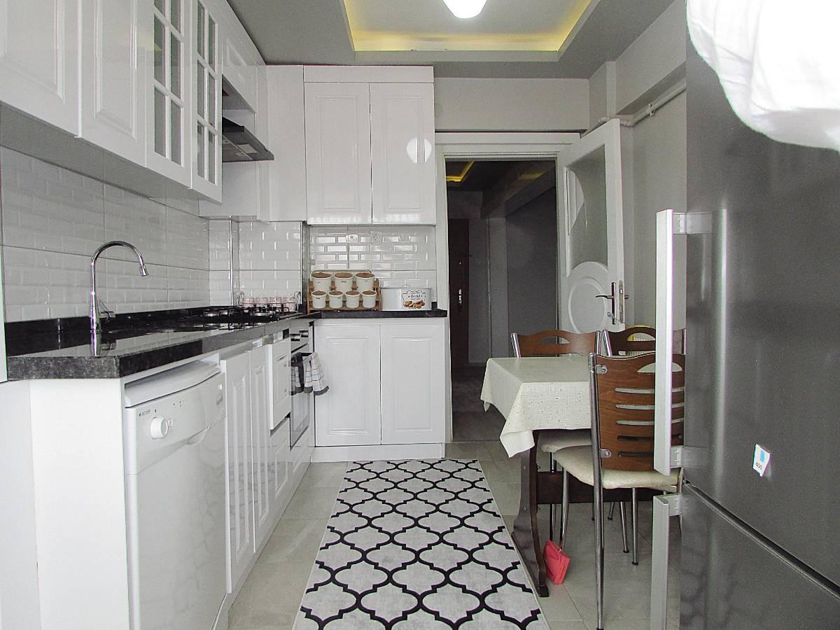 SR EMLAK'TAN TANDOĞAN MAH'DE 120 m² ÖN CEPHE MANTOLAMALI DAİRE