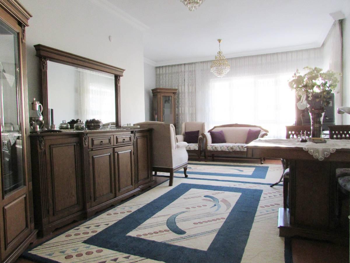 SR EMLAK'TAN İSTASYON MAH'DE 3+1 125 m² ARA KATTA ÖN CEPHE BAĞIMSIZ DAİRE