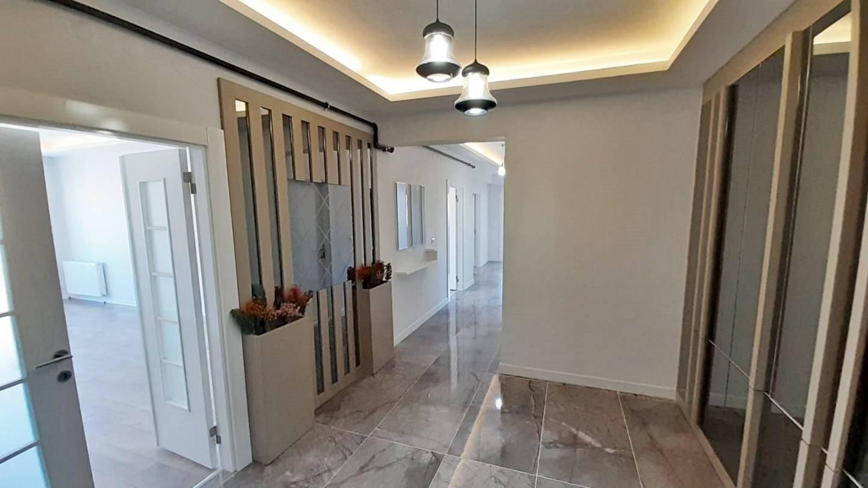 SR EMLAK'TAN AYYILDIZ MAH'DE 3+1 145 m² ASANSÖRLÜ EBEVEYN BANYOLU ULTRA LÜX SIFIR DAİRE
