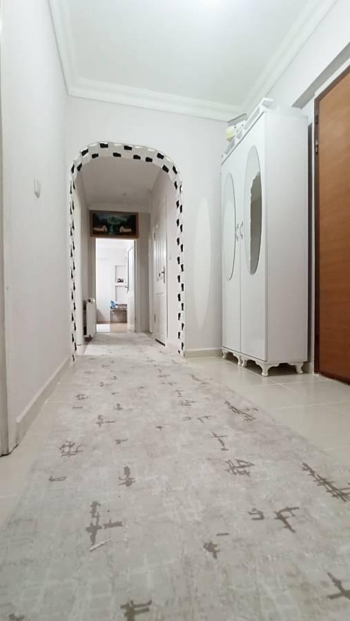 SR EMLAK'TAN İSTASYON MAH'DE 3+1 115 m² BAĞIMSIZ ASANSÖRLÜ ARA KATTA  ÖN CEPHE DAİRE