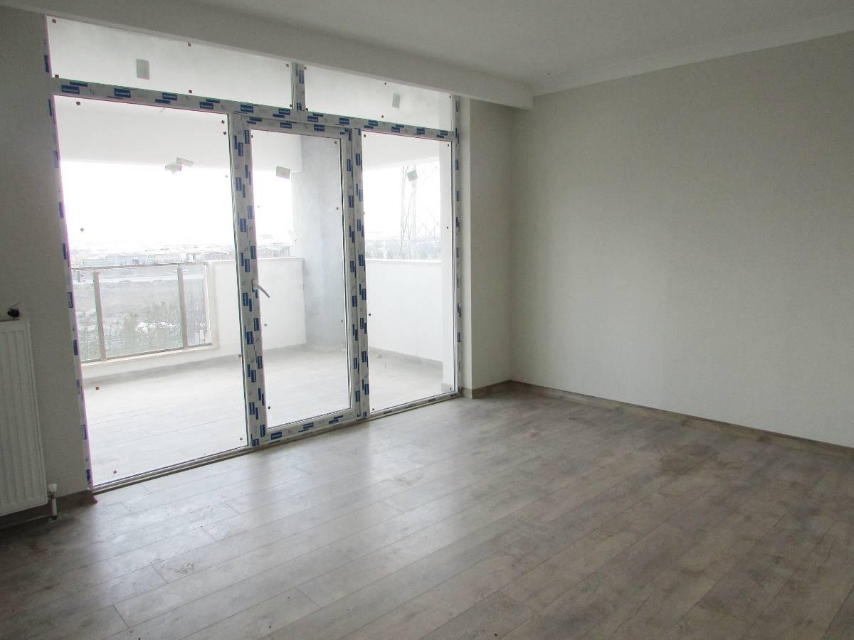 SR EMLAK'TAN TÖREKENT MAH'DE 4+1 185 m² ASANSÖRLÜ ARA KATTA BAĞIMSIZ ÖN CEPHELİ DAİRE