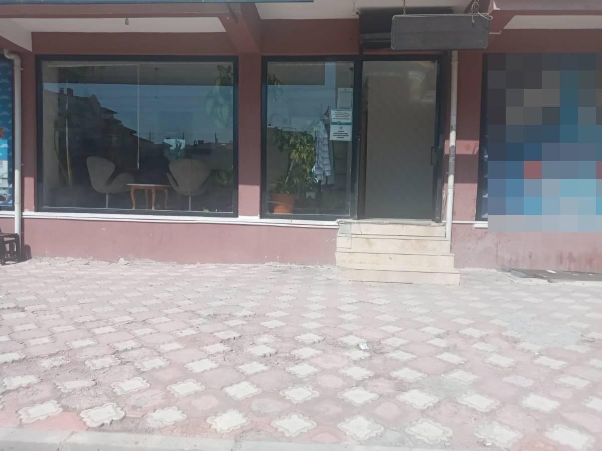 SR EMLAK'TAN İSTASYON MAH'DE 45 m²  CADDEYE YAKIN  SATILIK DÜKKAN