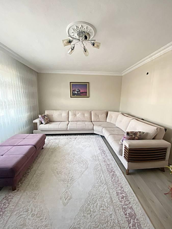 SR EMLAK'TAN AHİEVRAN MAH'DE 2+1 115 m² ARA KATTA BAĞIMSIZ ÖN CEPHE DAİRE