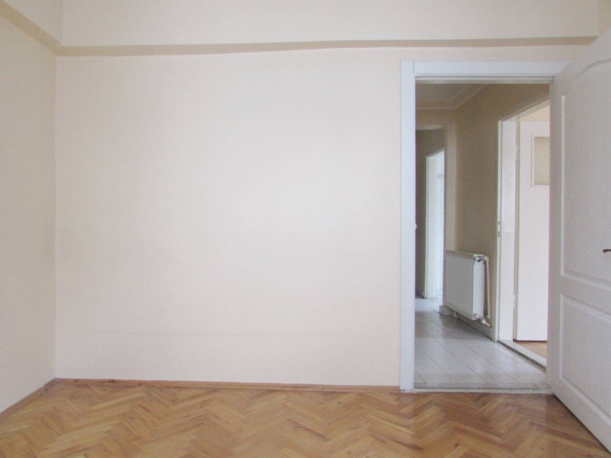SR EMLAK'TAN AKŞEMSETTİN MAH'DE 3+1 120 m² ARA KATTA BAĞIMSIZ DAİRE