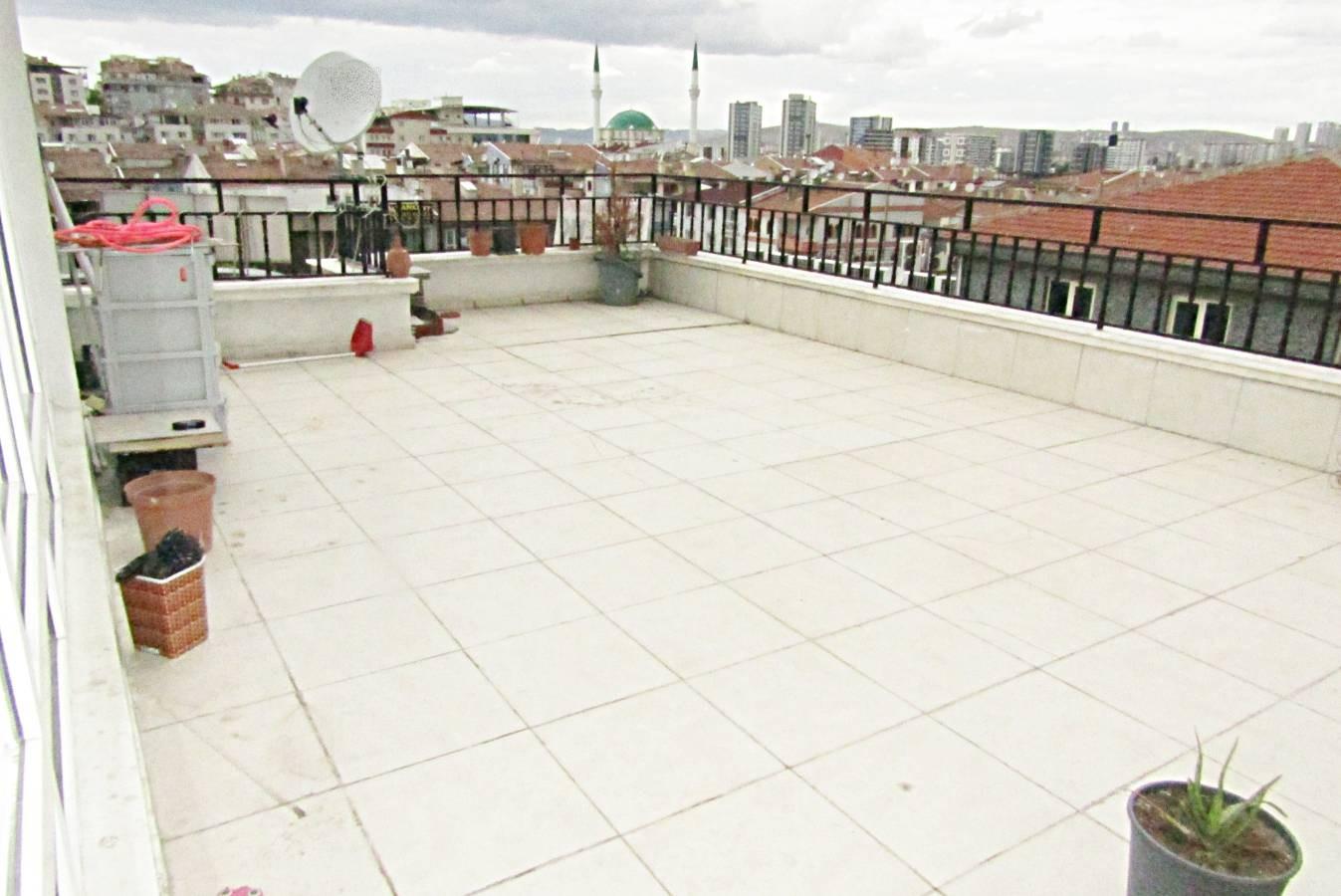 SR EMLAK'TAN TOPÇU MAH'DE 4+1 250 m² YAPILI ÖN CEPHE EBEVEYN BANYOLU MANZARALI TERAS
