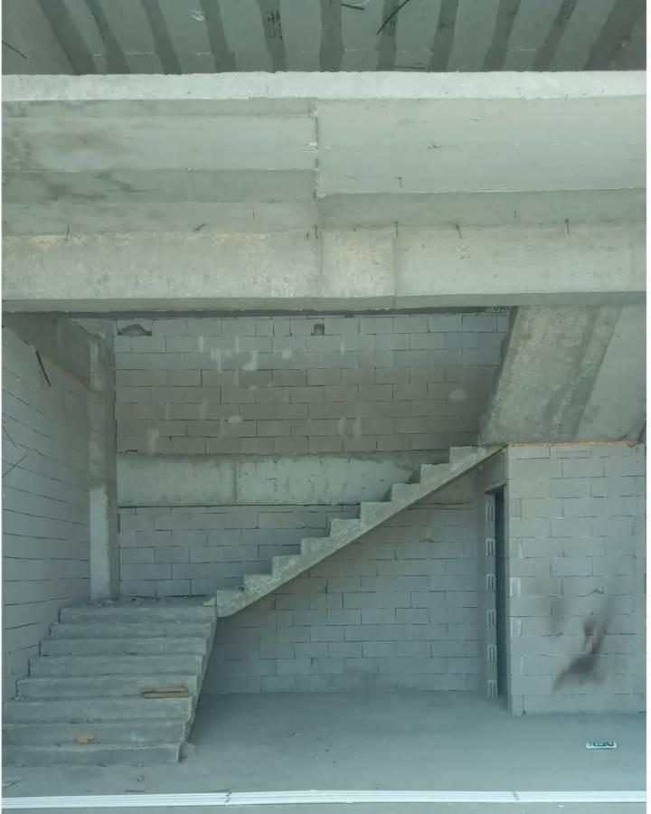 SR EMLAK'TAN YEŞİLOVA MAHALLESİ'NDE 120 m² KÖŞE BAŞI CADDE ÜSTÜ DÜKKAN