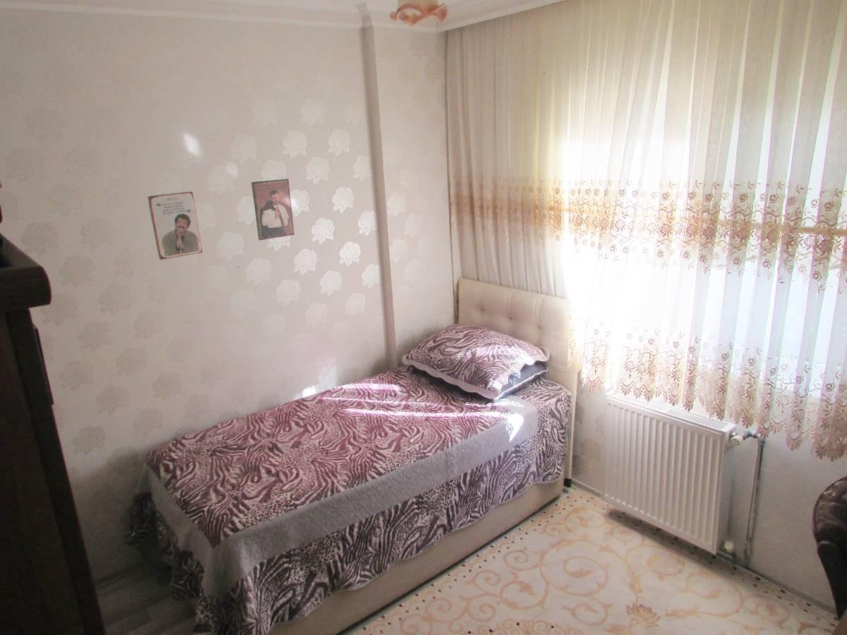 SR EMLAK'TAN F.ÇAKMAK MAH'DE 2+1 90 m² ARA KATTA BAĞIMSIZ ASANSÖRLÜ DAİRE